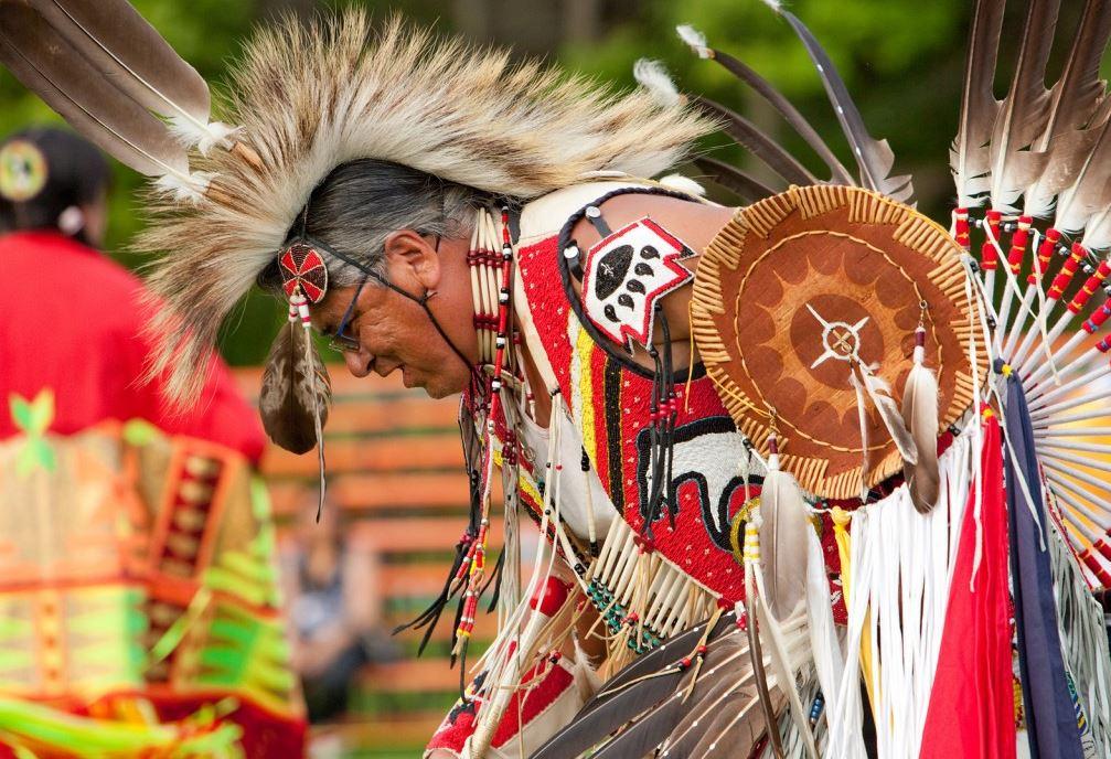 Неизбитые туристические маршруты Квебека. Wendake International Pow Wow